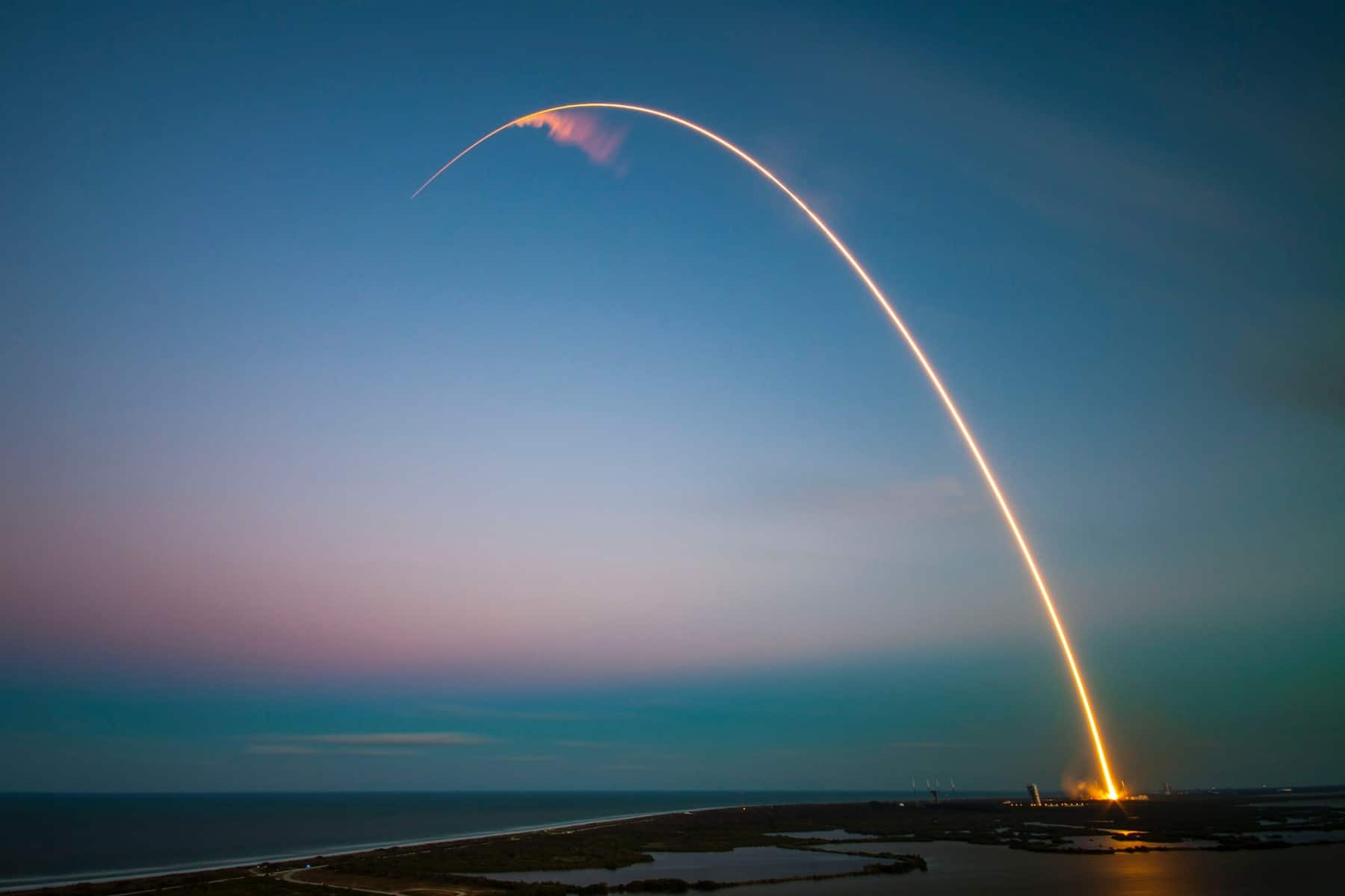 Hero Image - Rocket launch from cape canaveral